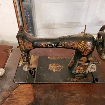 Singer  - Sewing