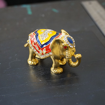 Elephant Trinket Box - Costume Jewelry