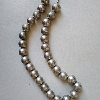Antique Navajo Pearl Necklace ??? - Fine Jewelry