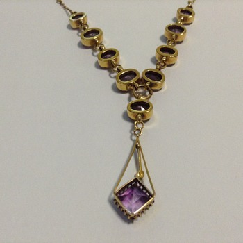 Art Nouveau or Art Deco Amethyst Necklace? - Fine Jewelry