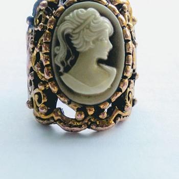 Fernandina beach Florida Vintage find - Fine Jewelry