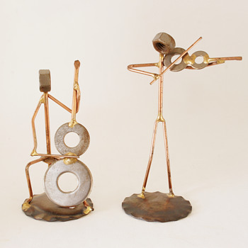 Two Metal Crafted Musical Figurines - Figurines