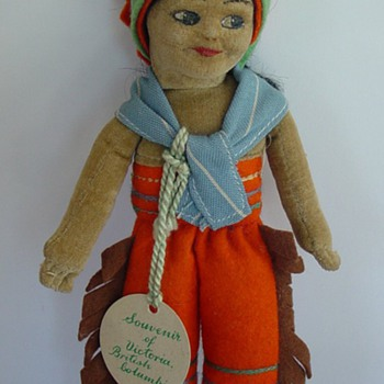 Norah Wellings Indian doll - Dolls