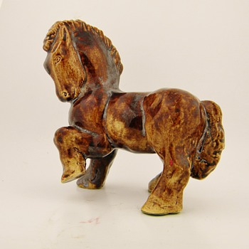 Vintage Horse Hand Made Porcelain Iridescent.....HELP - Animals