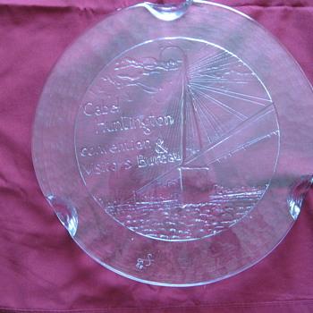 BLENKO? SIGNED CAKE PLATE FROM CABEL VISITORS CENTER - Art Glass