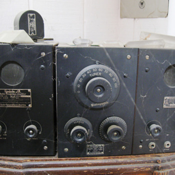 A few older radio items in my collection - Electronics