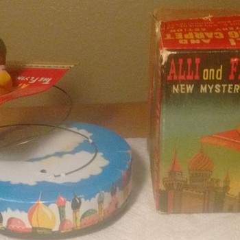 "1950's ""Japan"" Alli and Flying Carpet !!! w/ original box - Toys"