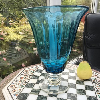 "ILLUSIVE SIGNATURE E.A.G. On the base of this 12"" optic blue Pedistal VASE - Glassware"