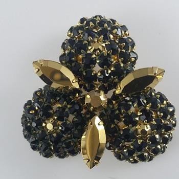 What is it? Schreiner? - Costume Jewelry