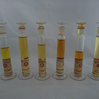 Antique apothecary perfume making chemist set  - Bottles