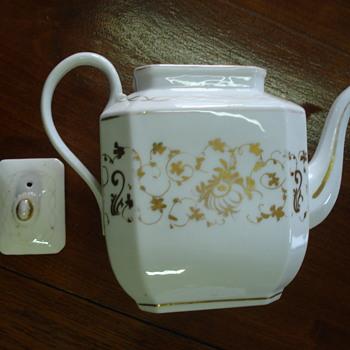 An old Paris teapot