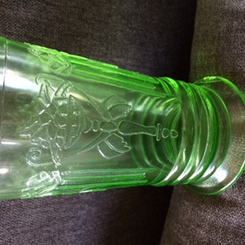 Federal Green Depression Tumbler - Pattern Unknown - Glassware