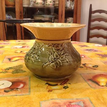 spittoon   - Pottery