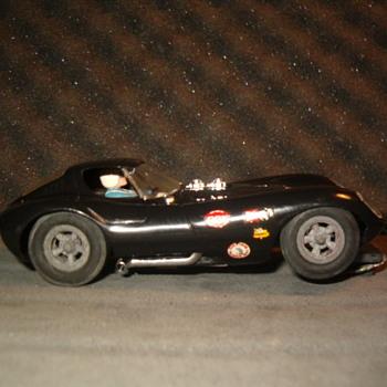 1/24TH COX CHEETAH IN BLACK N.M. - Model Cars