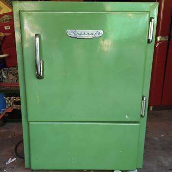 Artkraft Vintage cooler - Need more info - Kitchen