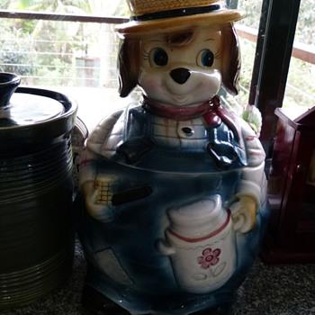 Vintage Japan Cookie Jar - Kitchen