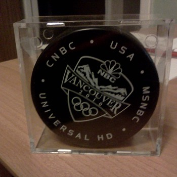 Vancouver 2101 official IIHF Puck