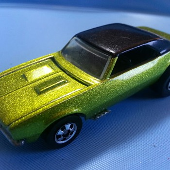 Hot Wheels '67 Camaro - Model Cars