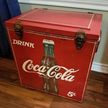 Coke wood ice cooler - Coca-Cola