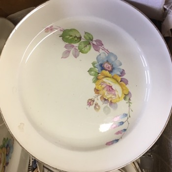 unknown Edwin M Knowles - China and Dinnerware