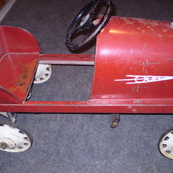 PEDAL CAR YEAR AND MAKER  ??? - Model Cars