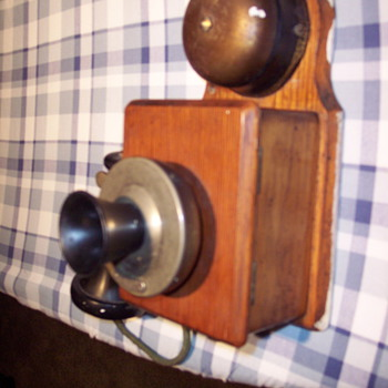 Please help me identify Unknown Western Electric wall phone  - Telephones