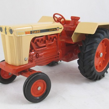 Case 1030 Tractor  - Toys