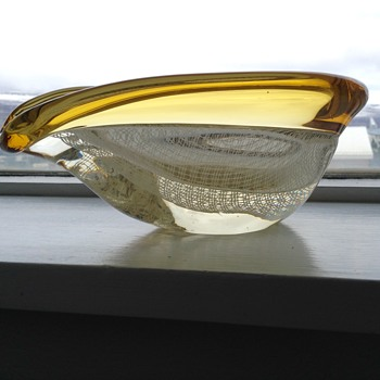 Glass bowl, clear, white and yellow - Art Glass