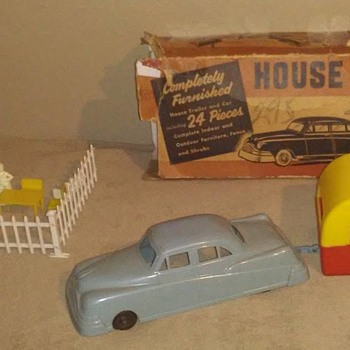 Kahn toy company house trailer and car !  - Toys