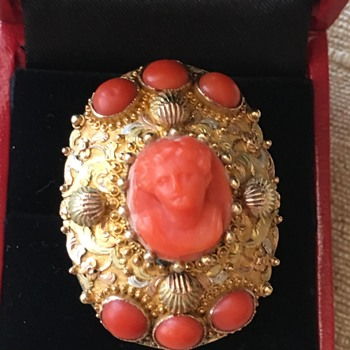 Large 10k Gold Coral Cameo Ring - Fine Jewelry