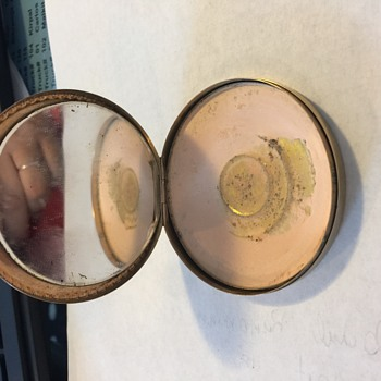 14 k Gold powder compact - Accessories
