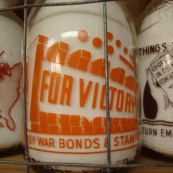 SCHMIDT'S GUERNSEY WAR SLOGAN MILK BOTTLE...V'S FOR VICTORY - Bottles