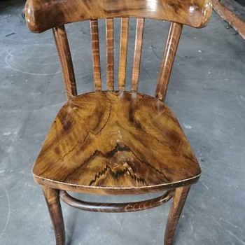 Mundus bentwood chairs - Furniture