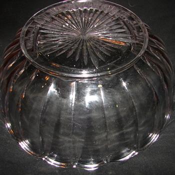 "Help with ""NearCut"" Bowl - Glassware"