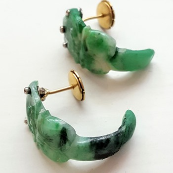 Antique jadeite earrings, gold and diamonds deco mount. KYRATISED. - Fine Jewelry