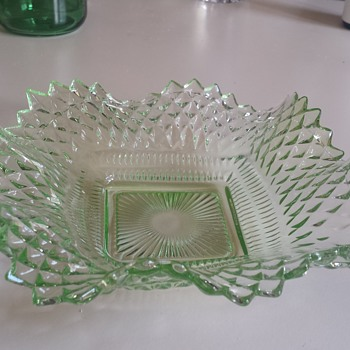 What is it? Help to identify this piece?  I bought it at a thrift store but have not been able to identify it. - Glassware