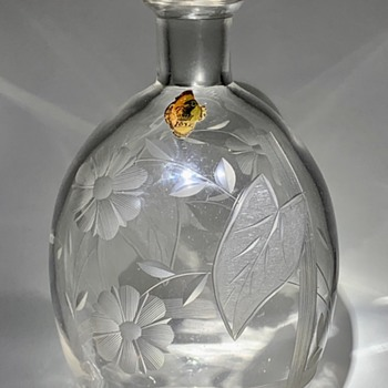 Loetz Engraved Decanter with Original Paper Label, ca. 1920s - Art Glass