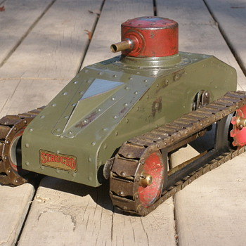Rare lever wound Structo Tank 1930/32. Based on Cristie tanks?  - Toys