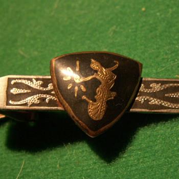 """Vintage """"Shield"""" Tie-Clip - Accessories"""