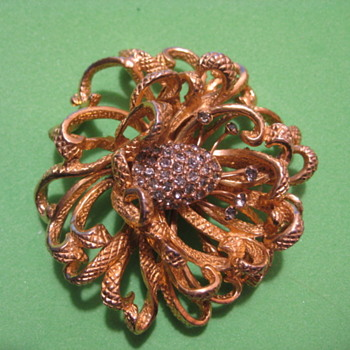 CASTLECLIFF Rhinestone  3-D  Flower Brooch - Costume Jewelry