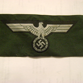 WWII German M39 breast eagle - Military and Wartime