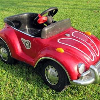 VW Beetle Jr. Sportster Pedal Car - Model Cars