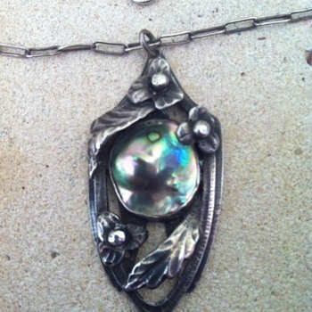 Unknown maker Arts and Crafts sterling and blister abalone pearl pendant and chain. - Fine Jewelry