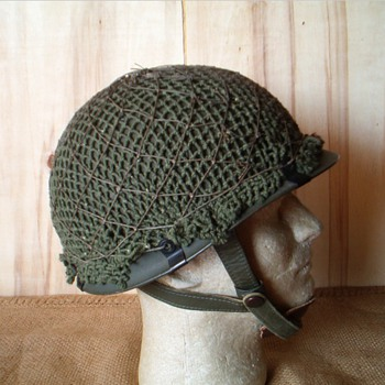 West German Para helmet , Stahlhelm Luftlande M61