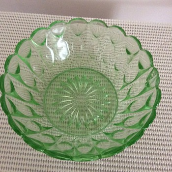 Green Depression glass bowls. - Glassware