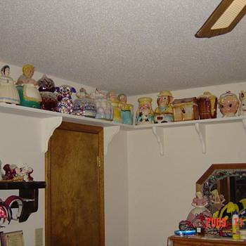 Cookie Jars - Kitchen