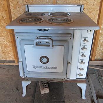 1923 Westinghouse Range - Kitchen