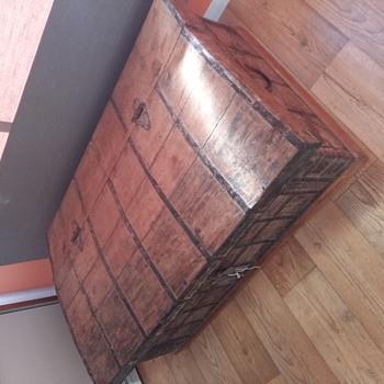 A beautiful rustic trunk - Furniture