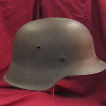 WW II German Luftwaffe M-42 Helmet