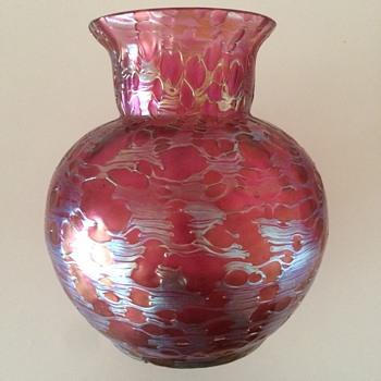 "Loetz pink ""Orbulin"" decor  - Art Glass"